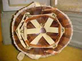 M1 helm (versie 2) binnenwerk